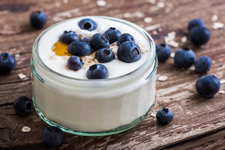 VHFC0138-yogurt_parfait_image1.jpg