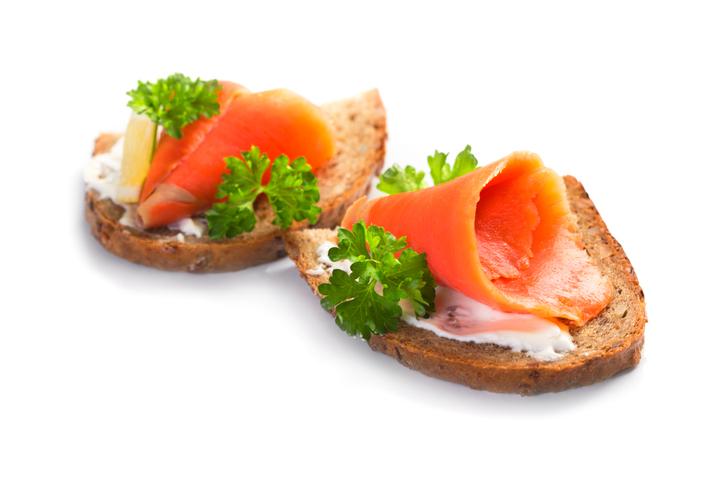 VHFC0140-salmon_sandwich_image1.jpg